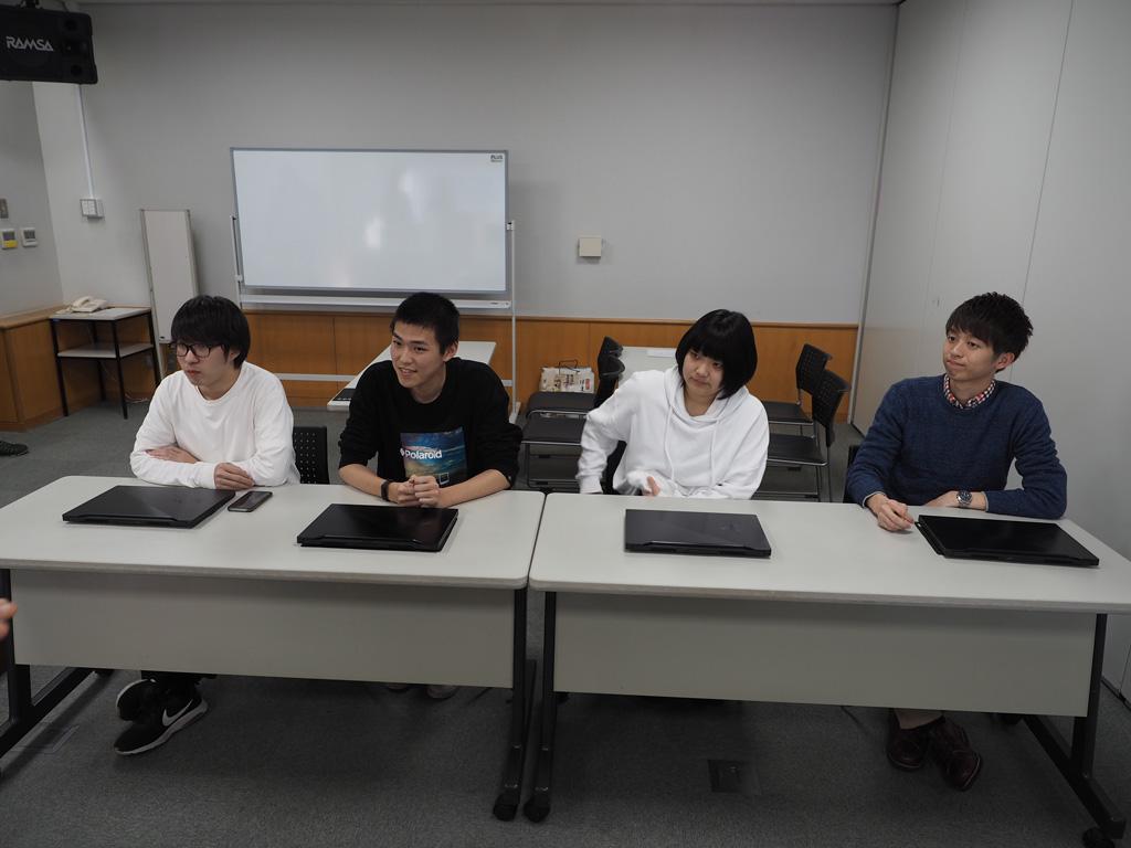 IT部門に参加しているチームの代表者たち。